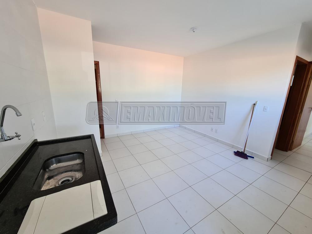 Alugar Apartamentos / Apto Padrão em Sorocaba R$ 550,00 - Foto 3
