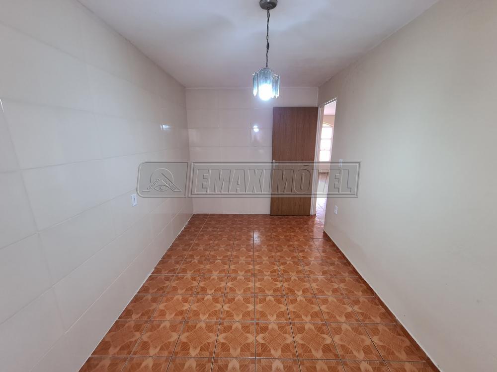Alugar Casas / em Bairros em Sorocaba R$ 1.950,00 - Foto 7
