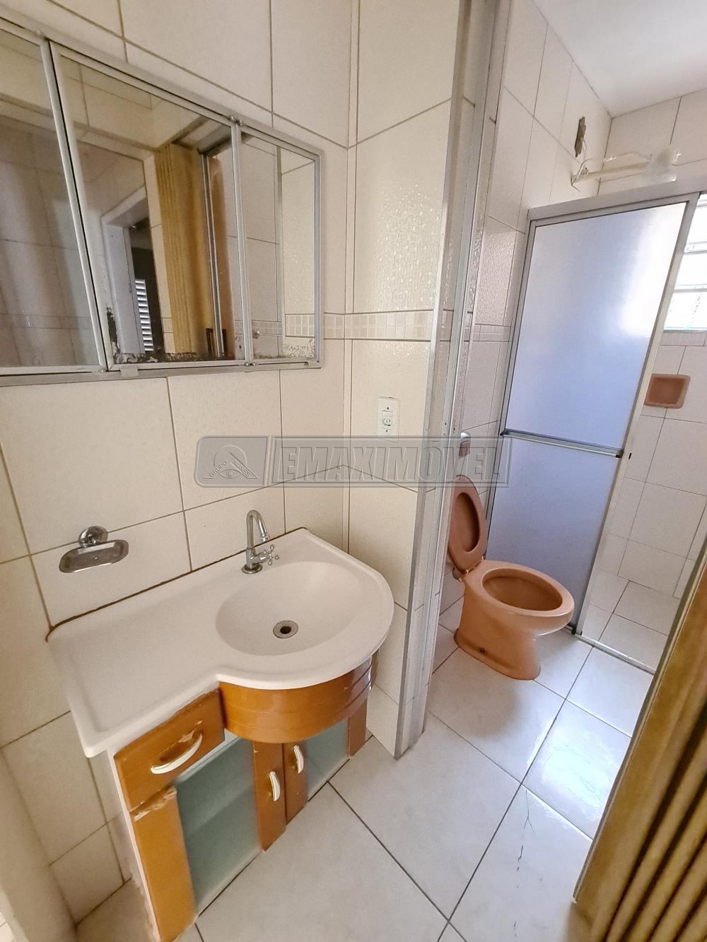 Alugar Casas / em Bairros em Sorocaba R$ 1.950,00 - Foto 8