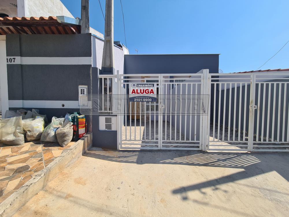 Alugar Casa / em Bairros em Sorocaba R$ 900,00 - Foto 16