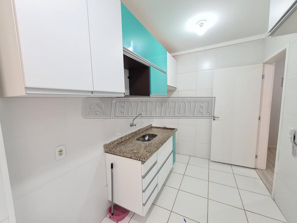 Alugar Apartamento / Padrão em Sorocaba R$ 1.000,00 - Foto 11