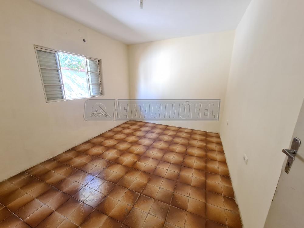 Alugar Casa / em Bairros em Sorocaba R$ 550,00 - Foto 12
