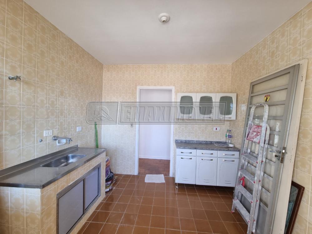 Alugar Apartamento / Padrão em Sorocaba R$ 2.100,00 - Foto 5