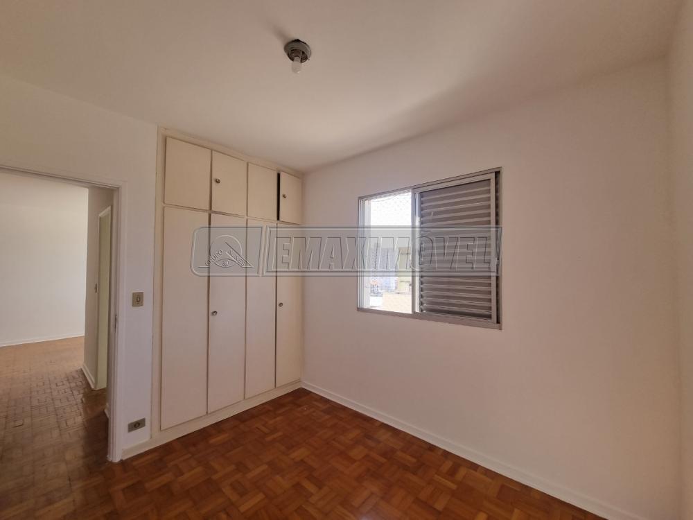 Alugar Apartamento / Padrão em Sorocaba R$ 2.100,00 - Foto 6