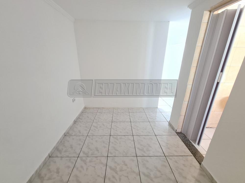 Alugar Casa / em Bairros em Sorocaba R$ 650,00 - Foto 13
