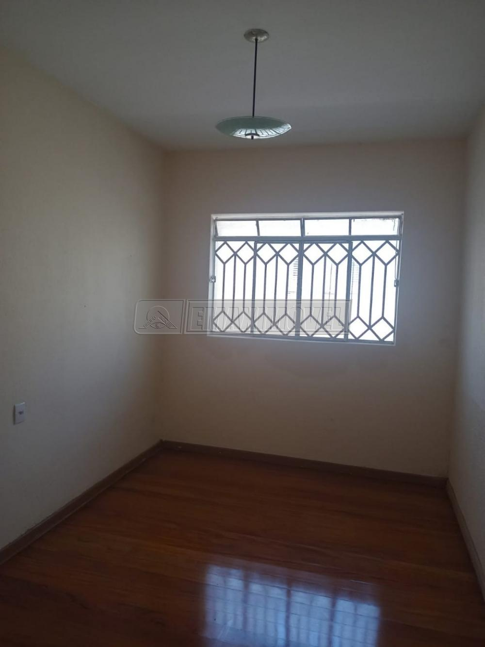 Alugar Casa / em Bairros em Sorocaba R$ 1.150,00 - Foto 3