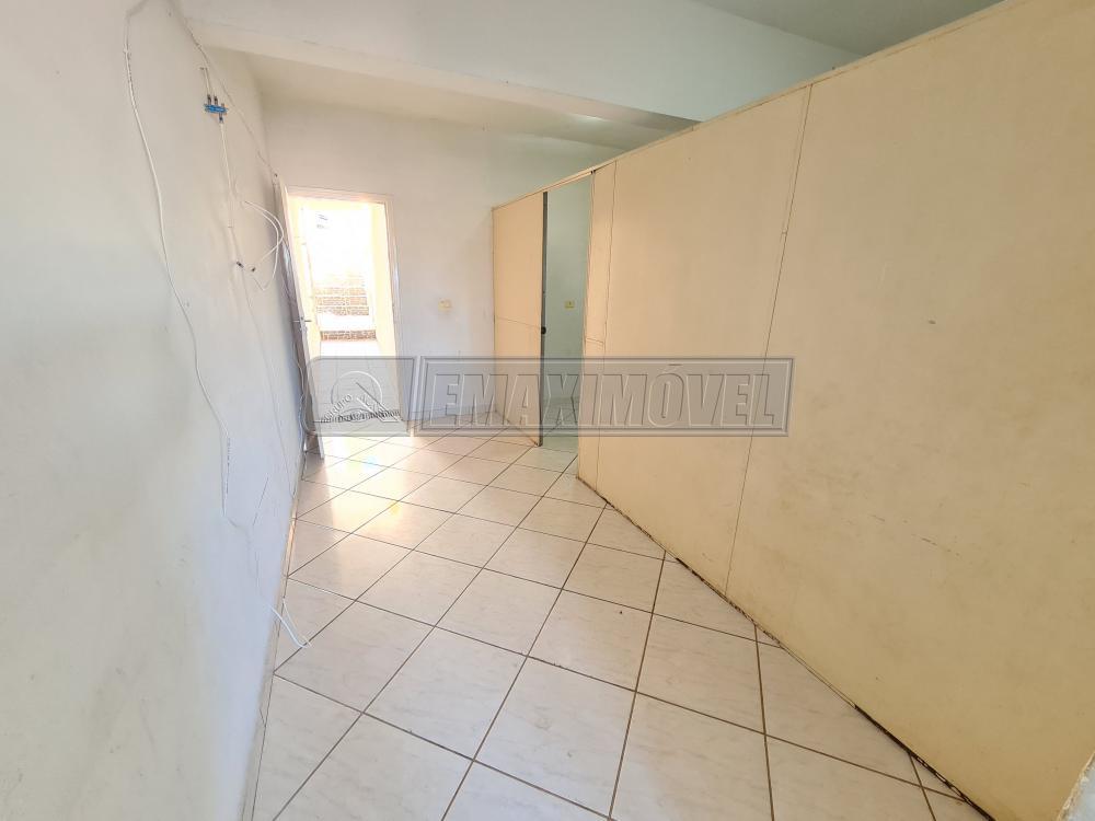 Alugar Casa / em Bairros em Sorocaba R$ 500,00 - Foto 4