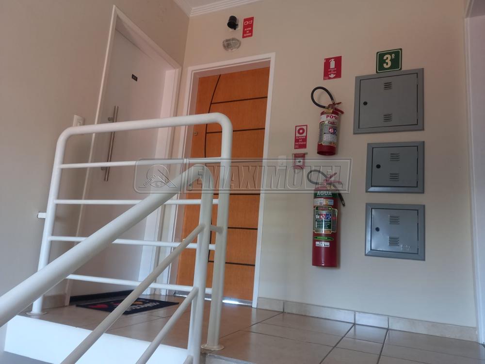 Alugar Apartamento / Padrão em Sorocaba R$ 990,00 - Foto 2