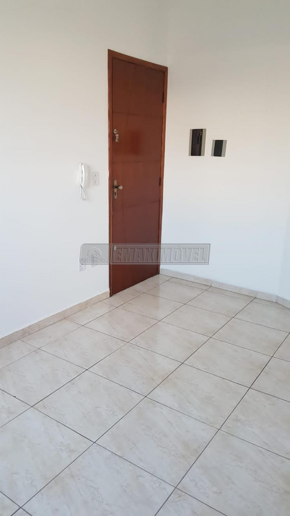Comprar Apartamento / Padrão em Sorocaba R$ 175.000,00 - Foto 3
