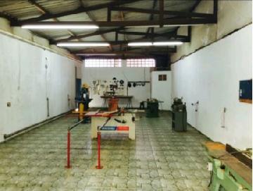 Alugar Comercial / Galpões em Sorocaba apenas R$ 1.200,00 - Foto 8