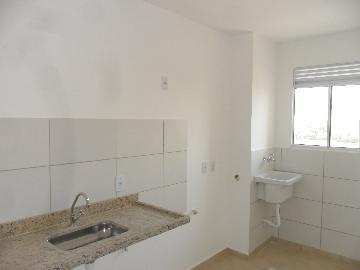 Alugar Apartamento / Padrão em Sorocaba R$ 800,00 - Foto 9