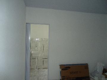 Alugar Apartamento / Kitnet em Sorocaba R$ 750,00 - Foto 6