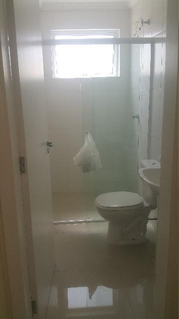 Alugar Apartamento / Padrão em Sorocaba R$ 1.100,00 - Foto 8