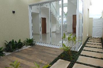 Alugar Casas / em Condomínios em Votorantim. apenas R$ 1.700.000,00