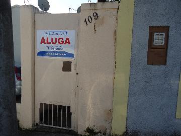 Alugar Casa / em Bairros em Sorocaba R$ 430,00 - Foto 1