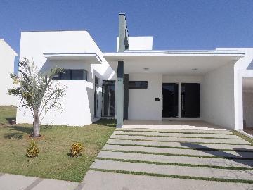 Alugar Casas / em Condomínios em Araçoiaba da Serra. apenas R$ 550.000,00