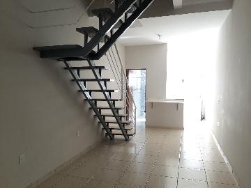 Alugar Casa / em Bairros em Sorocaba R$ 950,00 - Foto 3