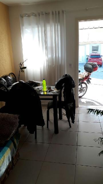 Comprar Casa / em Condomínios em Sorocaba R$ 270.000,00 - Foto 2