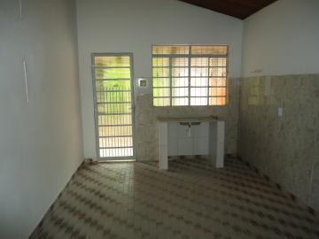 Alugar Casa / em Bairros em Sorocaba R$ 600,00 - Foto 7