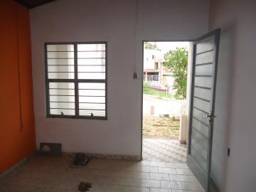 Alugar Casa / em Bairros em Sorocaba R$ 600,00 - Foto 6