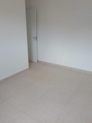 Alugar Apartamentos / Apto Padrão em Sorocaba R$ 900,00 - Foto 5