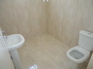 Alugar Casa / em Bairros em Sorocaba R$ 850,00 - Foto 11