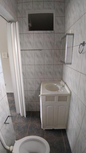 Alugar Casas / em Bairros em Sorocaba R$ 600,00 - Foto 10