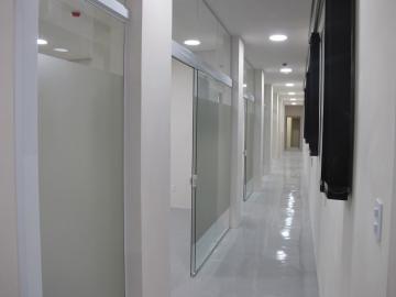 Alugar Comercial / Galpões em Condomínio em Votorantim R$ 16.000,00 - Foto 3