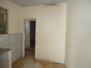Alugar Casa / em Bairros em Sorocaba R$ 690,00 - Foto 5