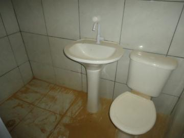 Alugar Casa / em Bairros em Sorocaba R$ 690,00 - Foto 6