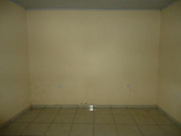 Alugar Casa / em Bairros em Sorocaba R$ 690,00 - Foto 7