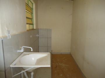 Alugar Casa / em Bairros em Sorocaba R$ 690,00 - Foto 9