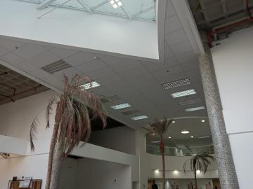 Alugar Sala Comercial / em Condomínio em Sorocaba R$ 1.600,00 - Foto 2