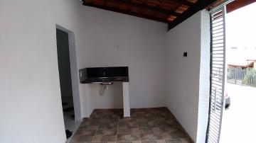 Alugar Apartamentos / Kitnet em Sorocaba R$ 580,00 - Foto 2