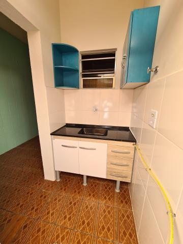 Alugar Casa / em Bairros em Sorocaba R$ 630,00 - Foto 3