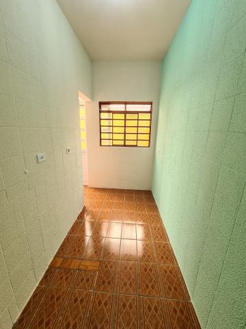 Alugar Casa / em Bairros em Sorocaba R$ 630,00 - Foto 5