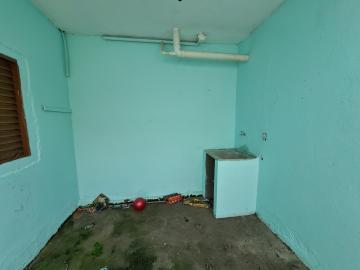 Alugar Casa / em Bairros em Sorocaba R$ 650,00 - Foto 5