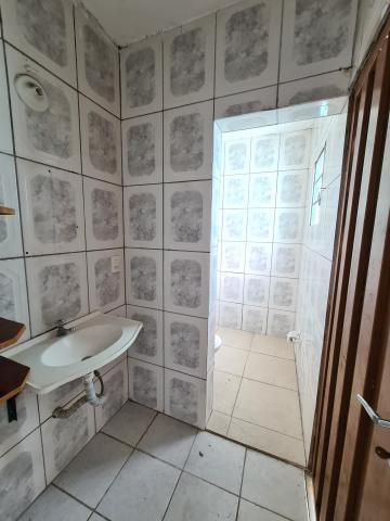 Alugar Casa / em Bairros em Sorocaba R$ 650,00 - Foto 17