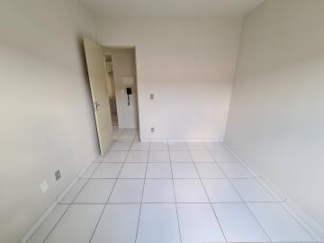 Alugar Apartamentos / Apto Padrão em Sorocaba R$ 750,00 - Foto 9