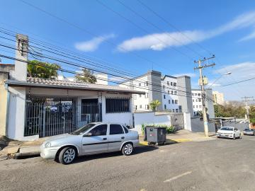 Alugar Apartamentos / Apto Padrão em Sorocaba R$ 1.000,00 - Foto 1