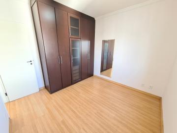 Alugar Apartamentos / Apto Padrão em Sorocaba R$ 1.000,00 - Foto 8