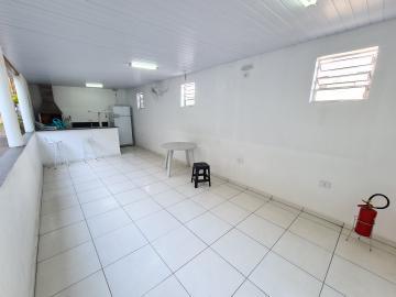 Alugar Apartamentos / Apto Padrão em Sorocaba R$ 1.000,00 - Foto 14