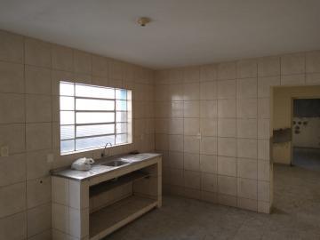 Alugar Casa / em Bairros em Sorocaba R$ 700,00 - Foto 7
