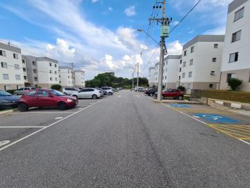Alugar Apartamentos / Apto Padrão em Sorocaba R$ 700,00 - Foto 1