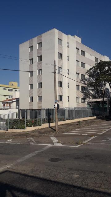 Alugar Apartamento / Padrão em Sorocaba R$ 2.100,00 - Foto 1