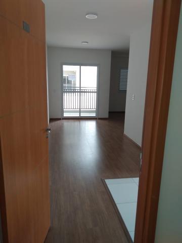 Comprar Apartamento / Padrão em Sorocaba R$ 235.000,00 - Foto 2