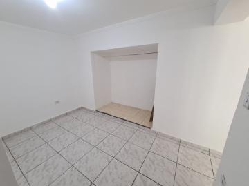 Alugar Casa / em Bairros em Sorocaba R$ 650,00 - Foto 11