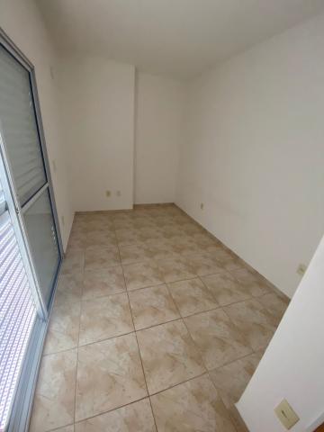 Alugar Apartamento / Padrão em Sorocaba R$ 800,00 - Foto 6