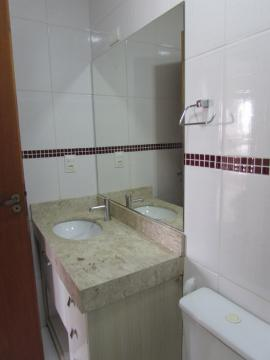 Alugar Apartamento / Padrão em Sorocaba R$ 1.800,00 - Foto 8