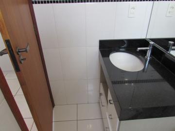 Alugar Apartamento / Padrão em Sorocaba R$ 1.800,00 - Foto 13